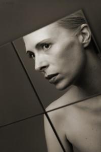 mirrorportrait2